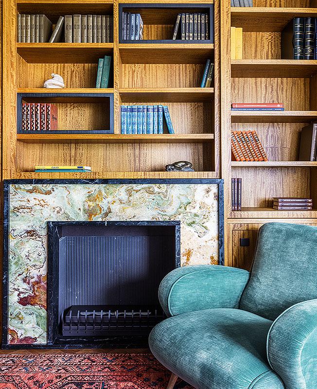 камин в квартире фото