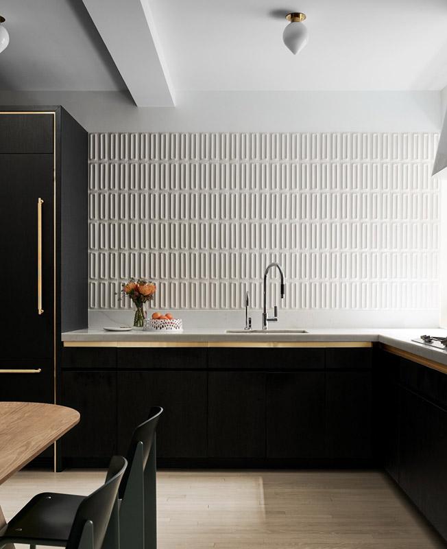 черно белая кухня фото