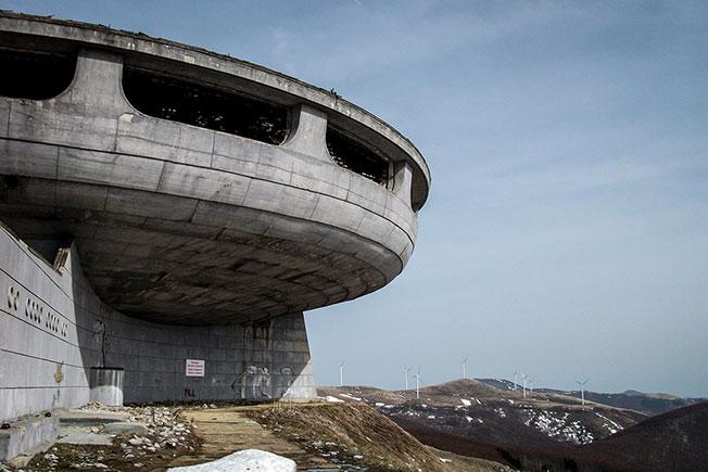 Заброшенная архитектура фото