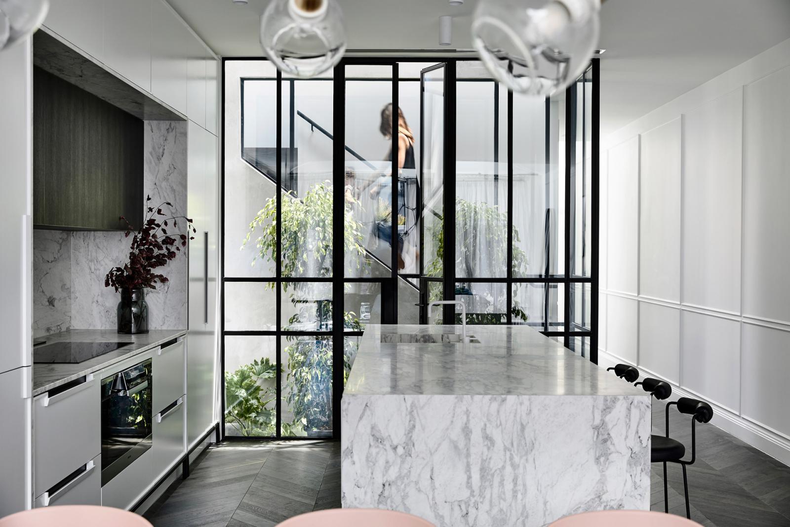 Студия Biasol: парижский интерьер в Мельбурне