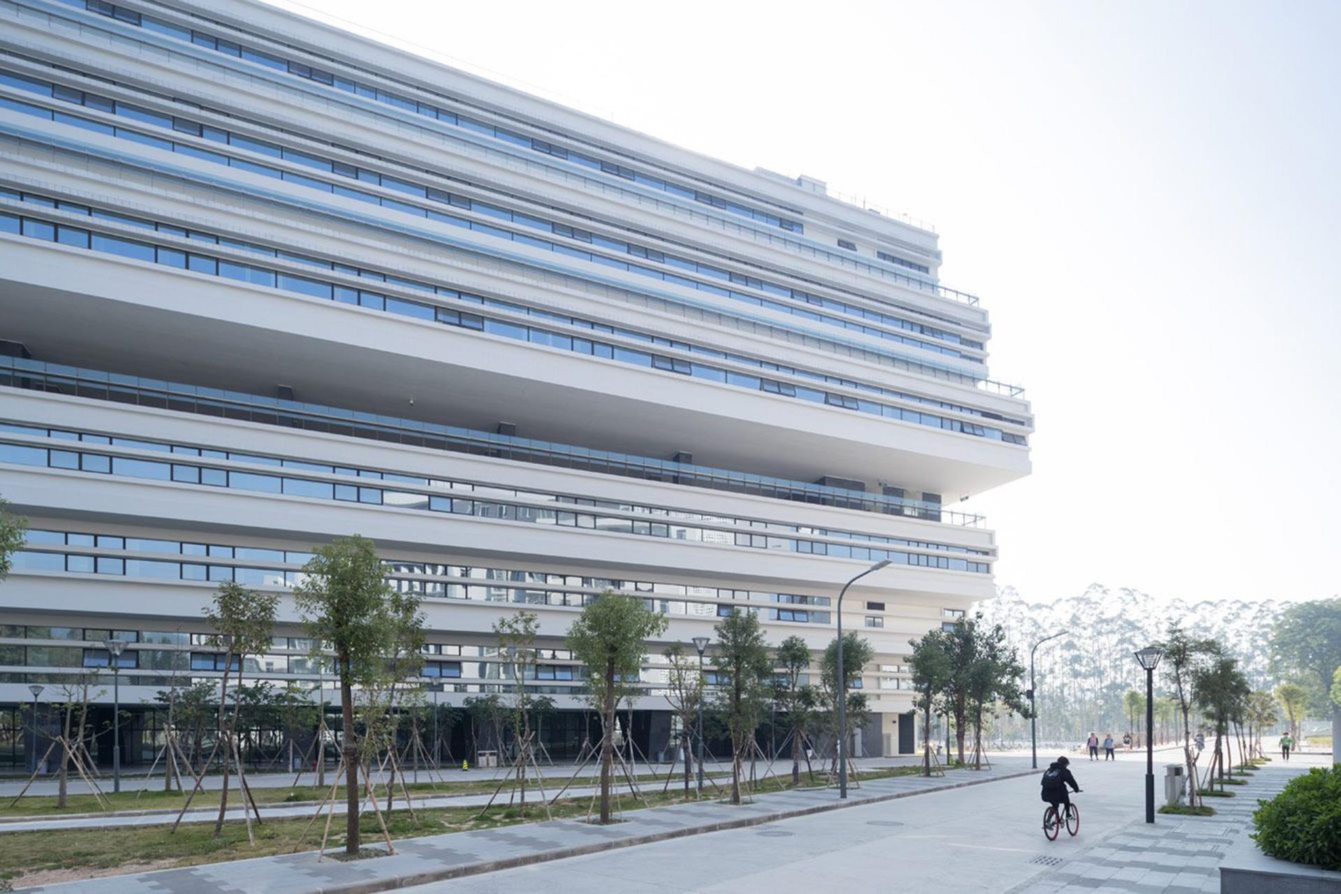 Herzog & de Meuron: здание SUMC в университетском кампусе Шаньтоу