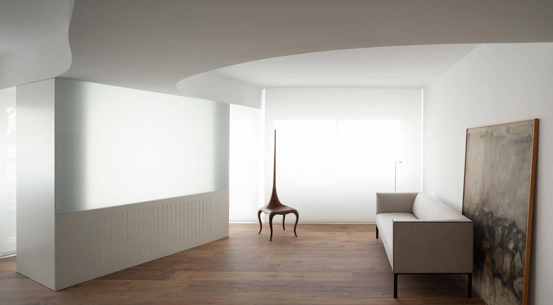 Абстрактный минимализм в проекте Balzar Arquitectos