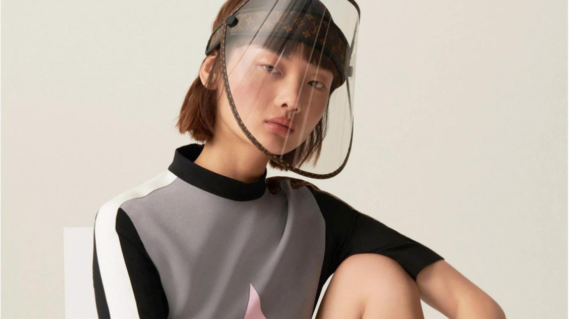 Защитная маска Louis Vuitton