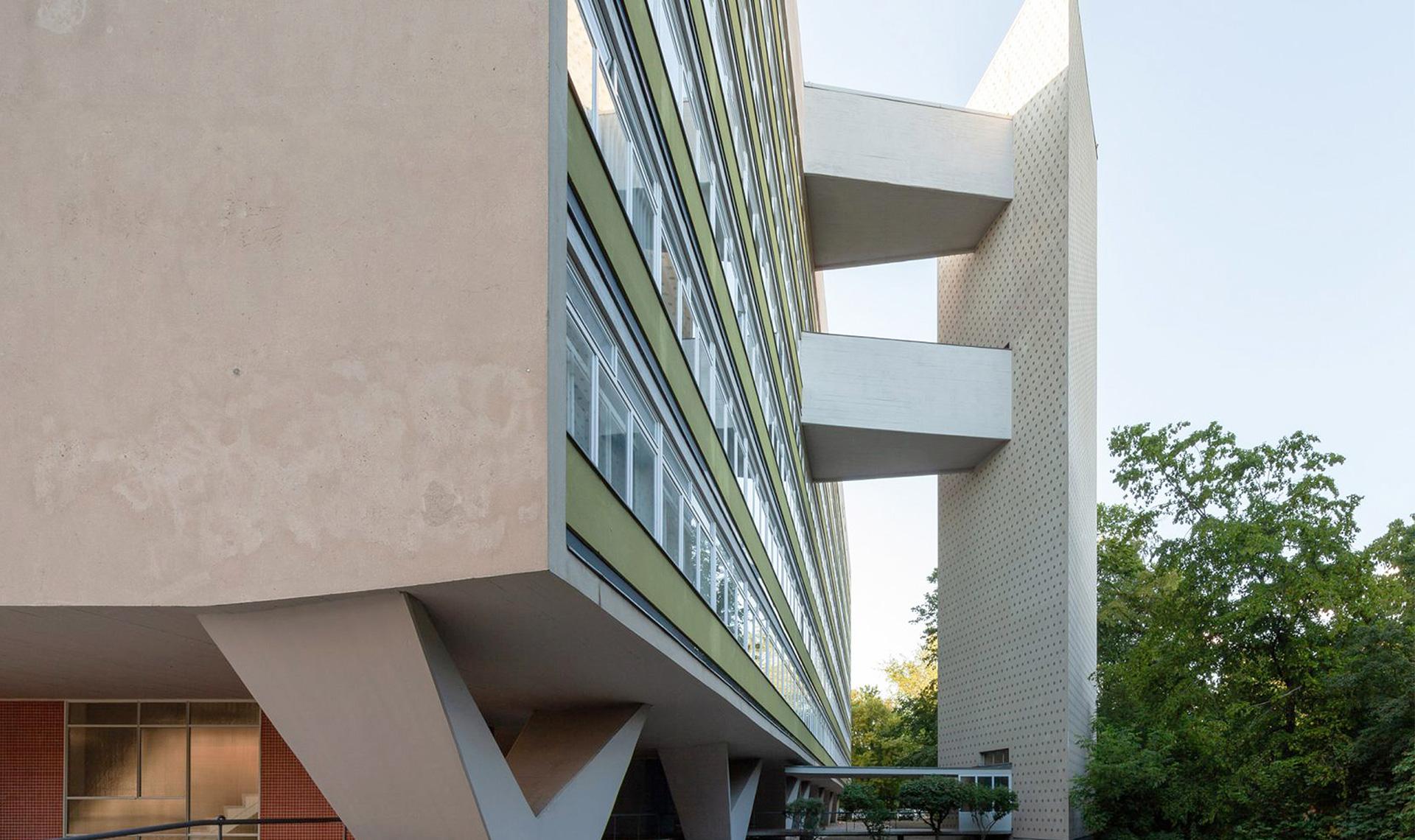 Дом Оскара Нимейера в Берлине