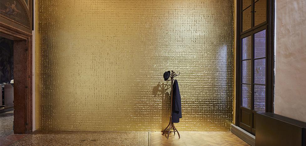Арт-биеннале: 7 выставок в венецианских палаццо