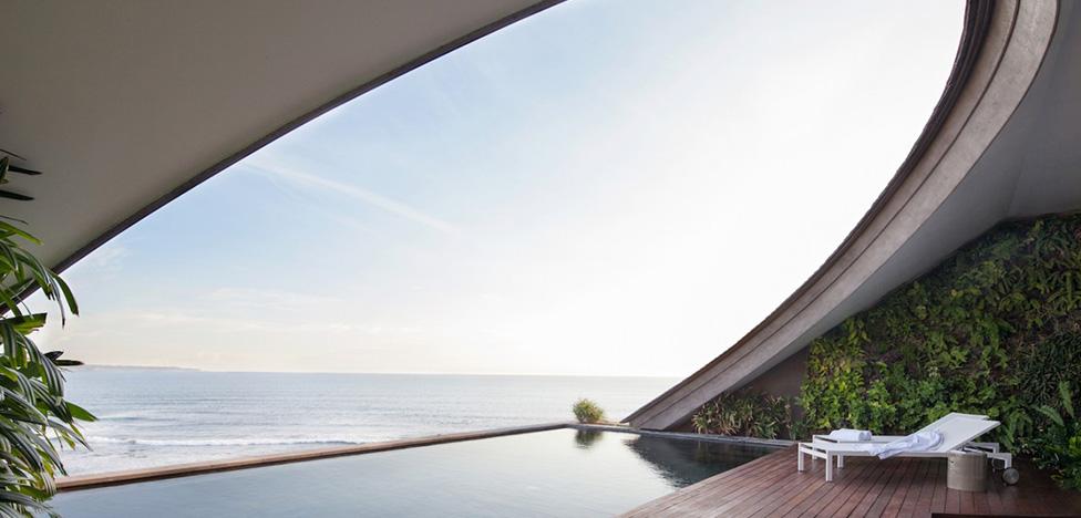 У воды и вдали от всех: 10 отелей для роскошного отдыха
