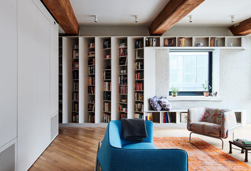 Квартира для 2500 книг по проекту Buro Koray Duman
