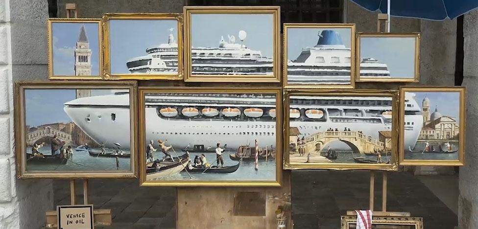 Арт-биеннале в Венеции: непрошенный гость Бэнкси