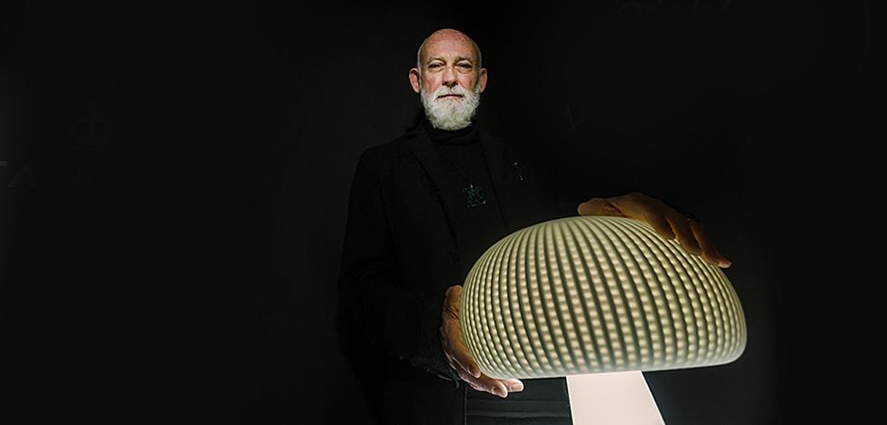 Росс Лавгроув: человечный свет