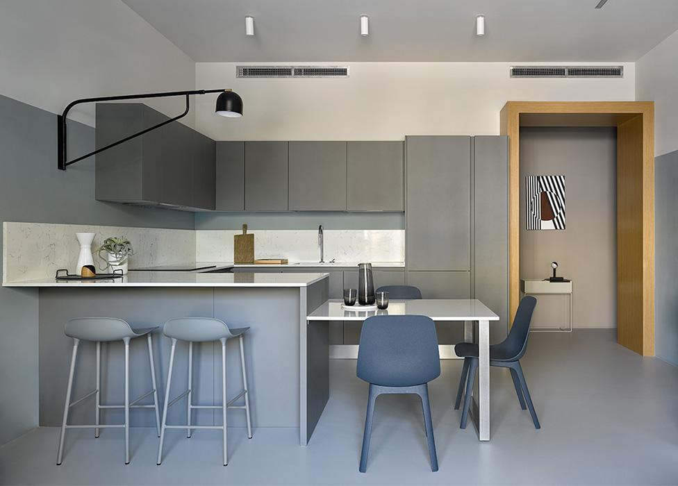 Цвет на кухне: 25 решений в сером