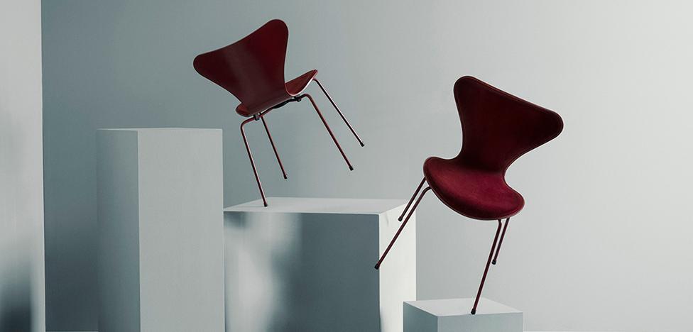 Fritz Hansen х Lala Berlin: датские стулья в новом бархате