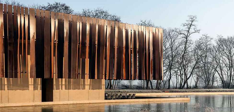 Архитектура утешения: здание крематория Hofheide в Бельгии