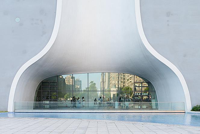 Тойо Ито (Toyo Ito): здание национального театра на Тайване