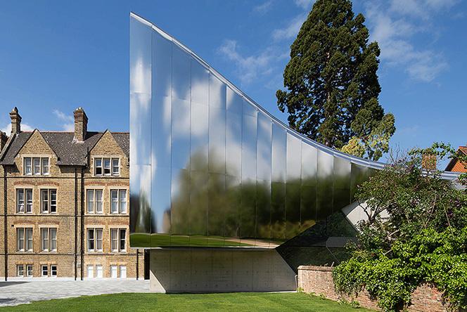 Заха Хадид в Оксфорде