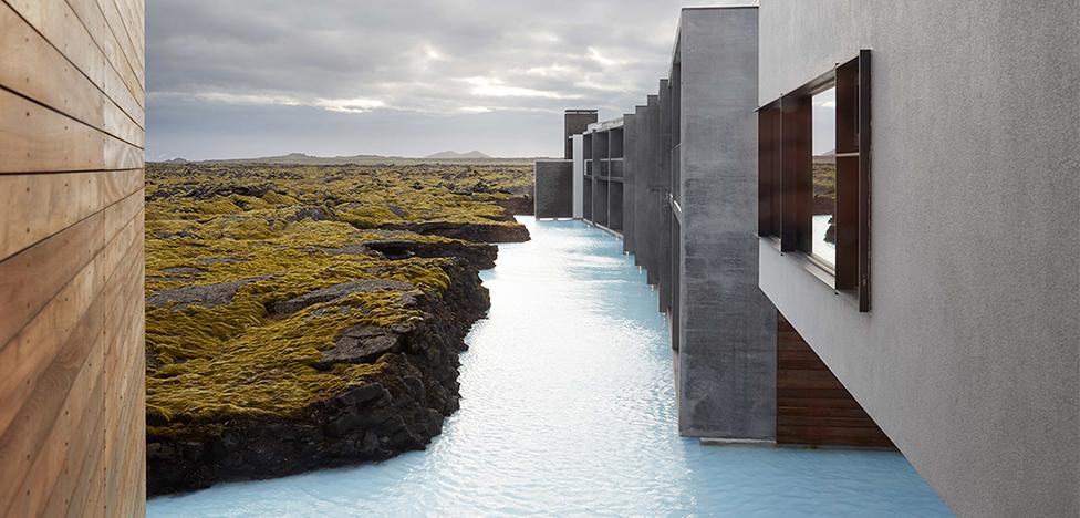 Отель в Исландии: лава, мох и бетон
