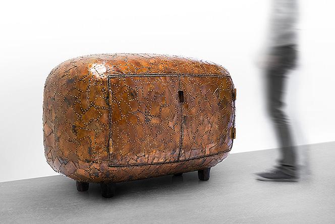 Выставка месяца: шкафы и кресла Мартена Бааса в Нью-Йорке