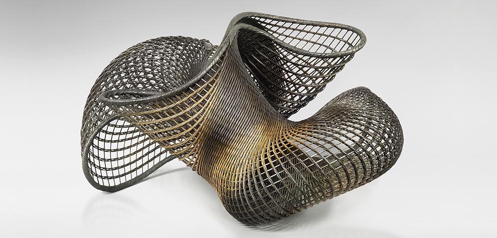 Предмет для коллекционеров: неевклидова геометрия из Японии