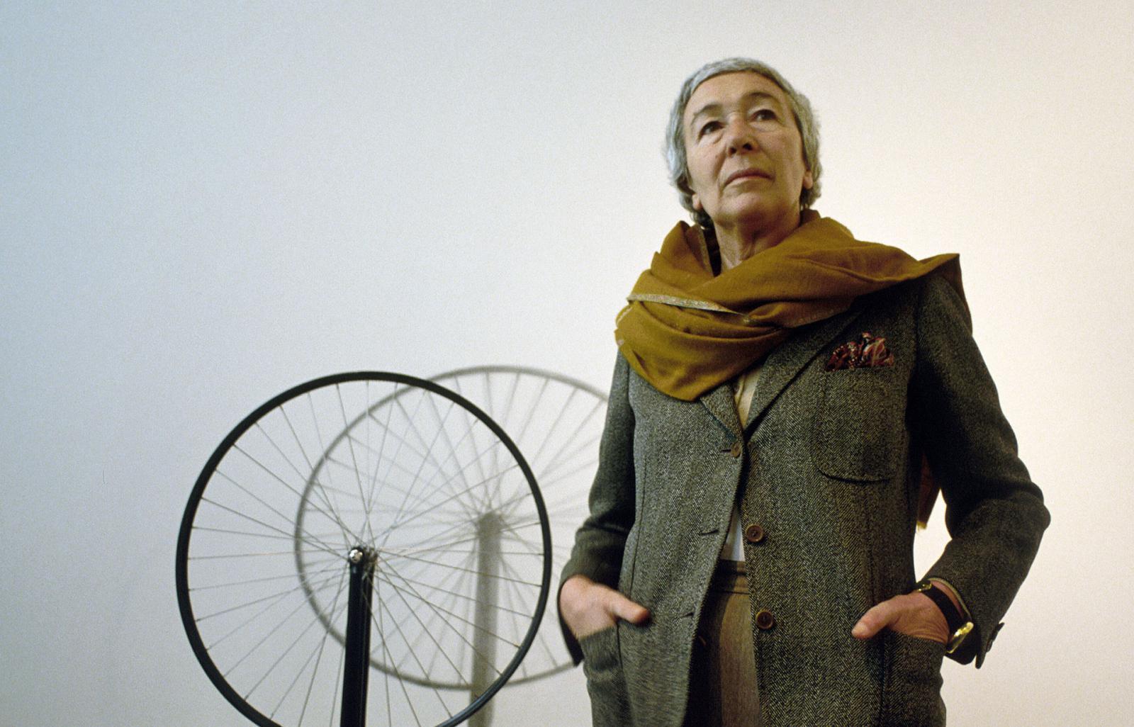 Архитектор Гаэ Ауленти: «если мода диктует красное, я сразу надену зеленое»