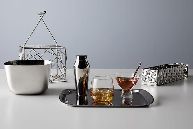 Alessi поднимает дизайн в небо: коллекция посуды для Delta Air Lines