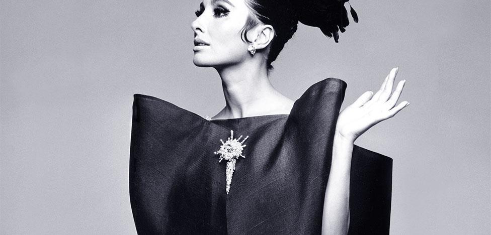 Balenciaga. Shaping Fashion: выставка в Лондоне