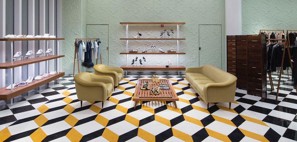 Prada открывает магазин в Майами
