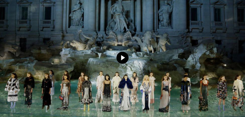 Юбилей Fendi в Риме: фонтан Треви и коллекция от кутюр