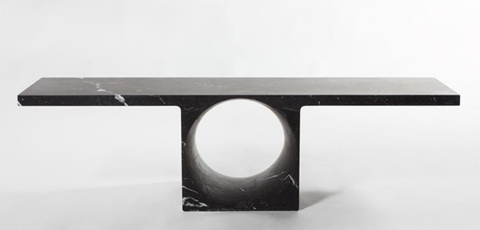 Консоли Пьера Шарпена (Pierre Charpin): круг в квадрате