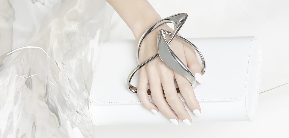Zaha Hadid Design: модные клатчи