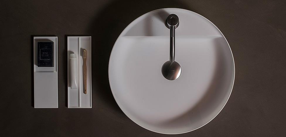 Antoniolupi и Tabula: изящная коллекция аксессуаров для ванной комнаты
