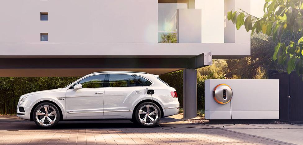 Филипп Старк проектирует для Bentley