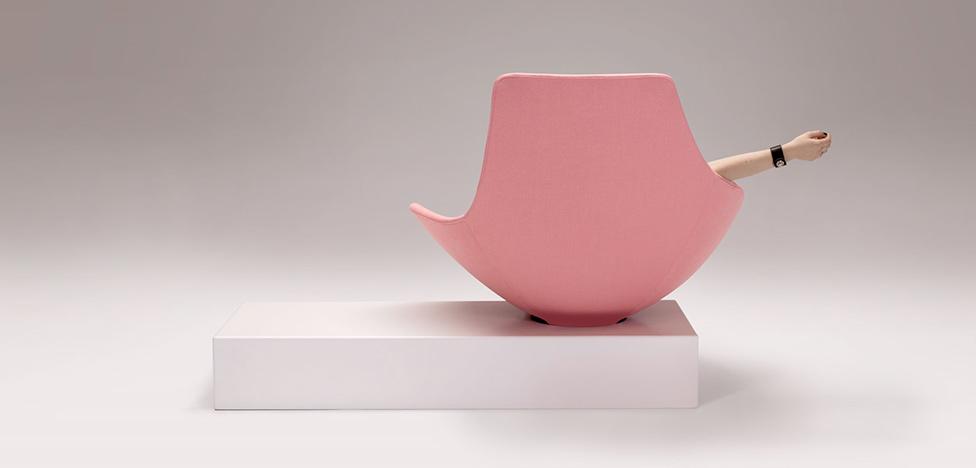 Эммануэль Бабле: игривое кресло в духе 60-х