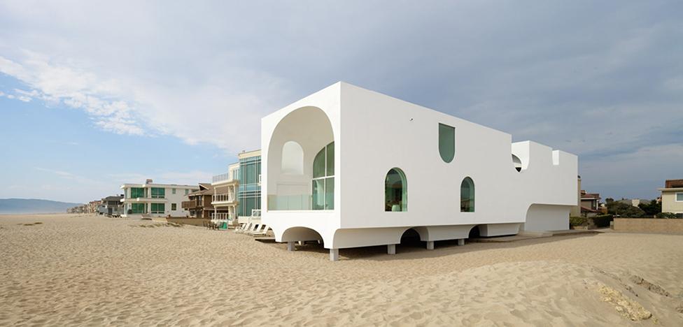 Johnston Marklee: арочный дом в Калифорнии