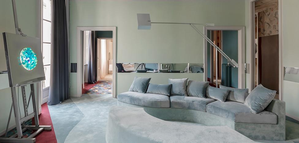 Кристина Челестино: ковры и ретрофутуризм