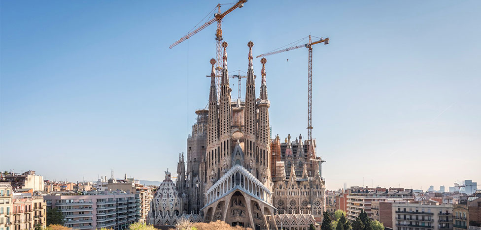 Cобору Sagrada Família по проекту Гауди дали разрешение на строительство