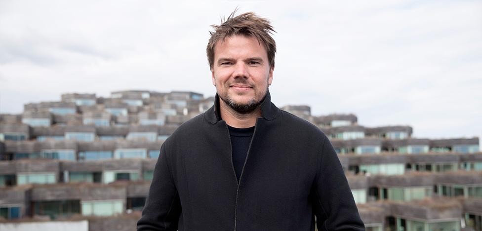 Архитектор Бьярке Ингельс снялся в сериале «Игра престолов»