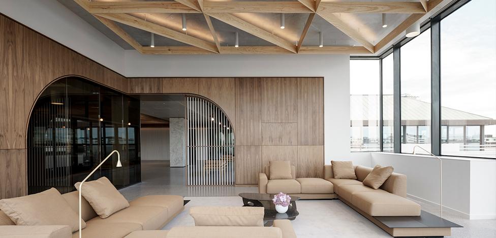 Henry J Lyons Architects: офис для авиационной компании