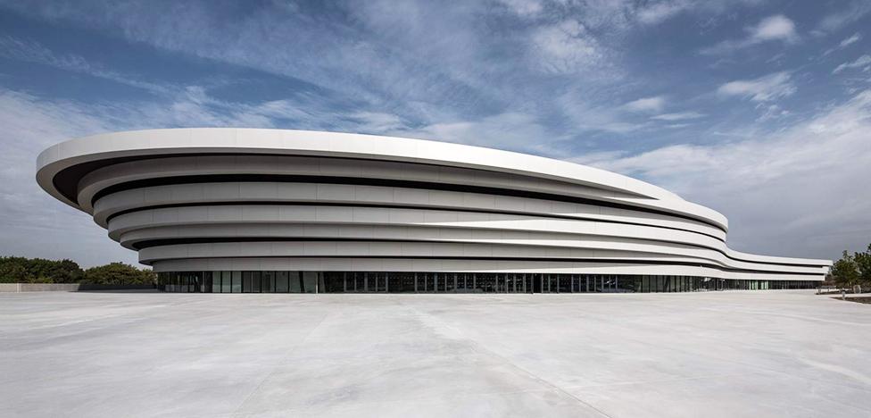 Стадион во Франции: культура и спорт