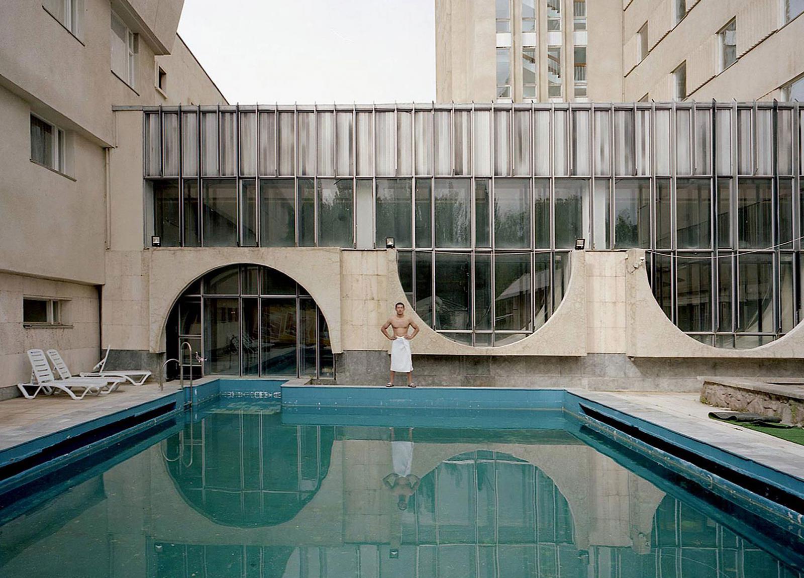 Советские санатории: как строили и от чего лечили?