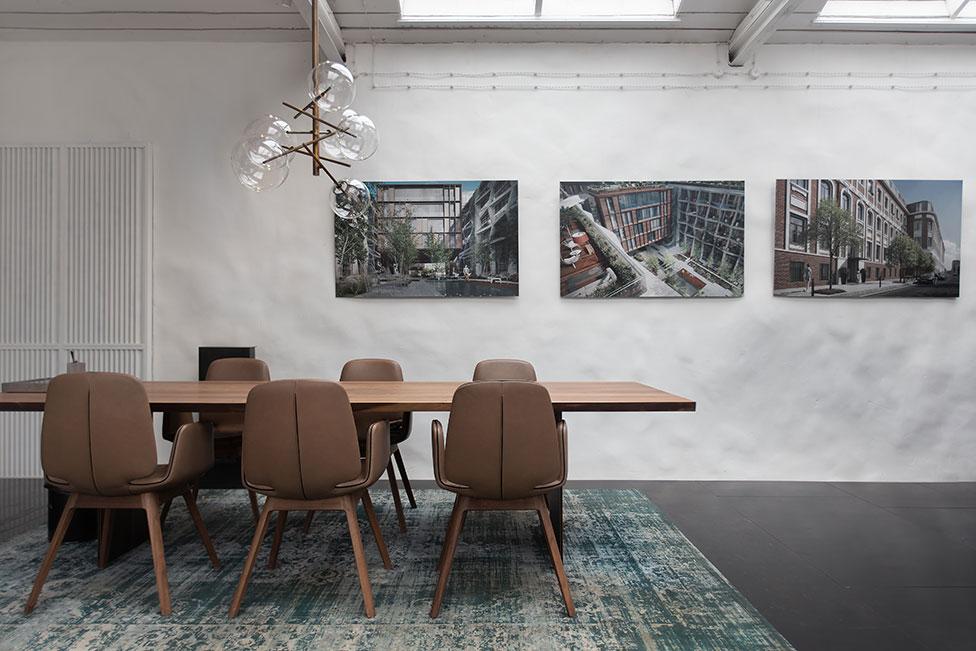 Volkov Architects: офис в деревянном флигеле