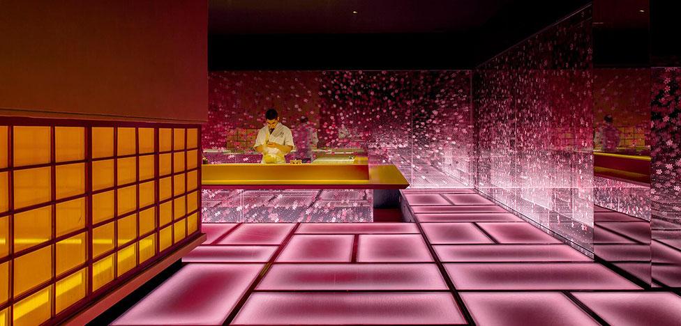 Ресторан Omakase в Шанхае: сакура и компьютерные игры