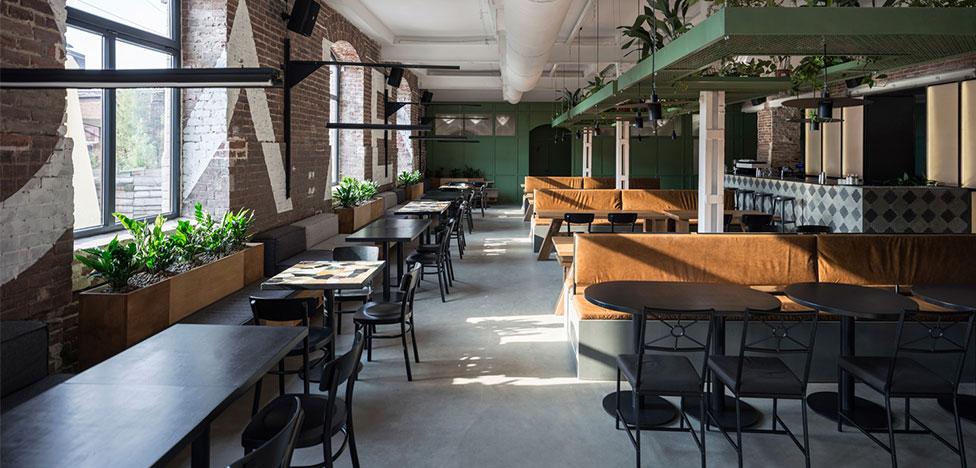 Balbek bureau: бар Molodo Zeleno с промышленным прошлым