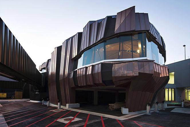 Архпаноптикум: 10 самых некрасивых зданий