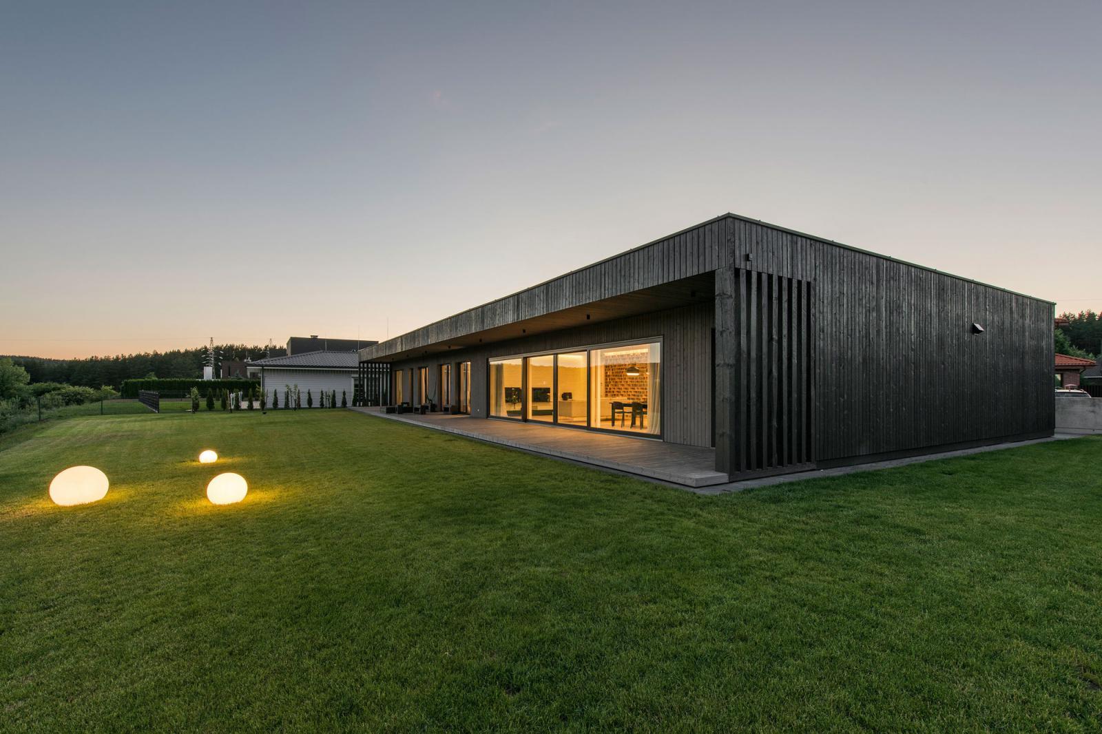 PAO Architects: Black Box в Вильнюсе