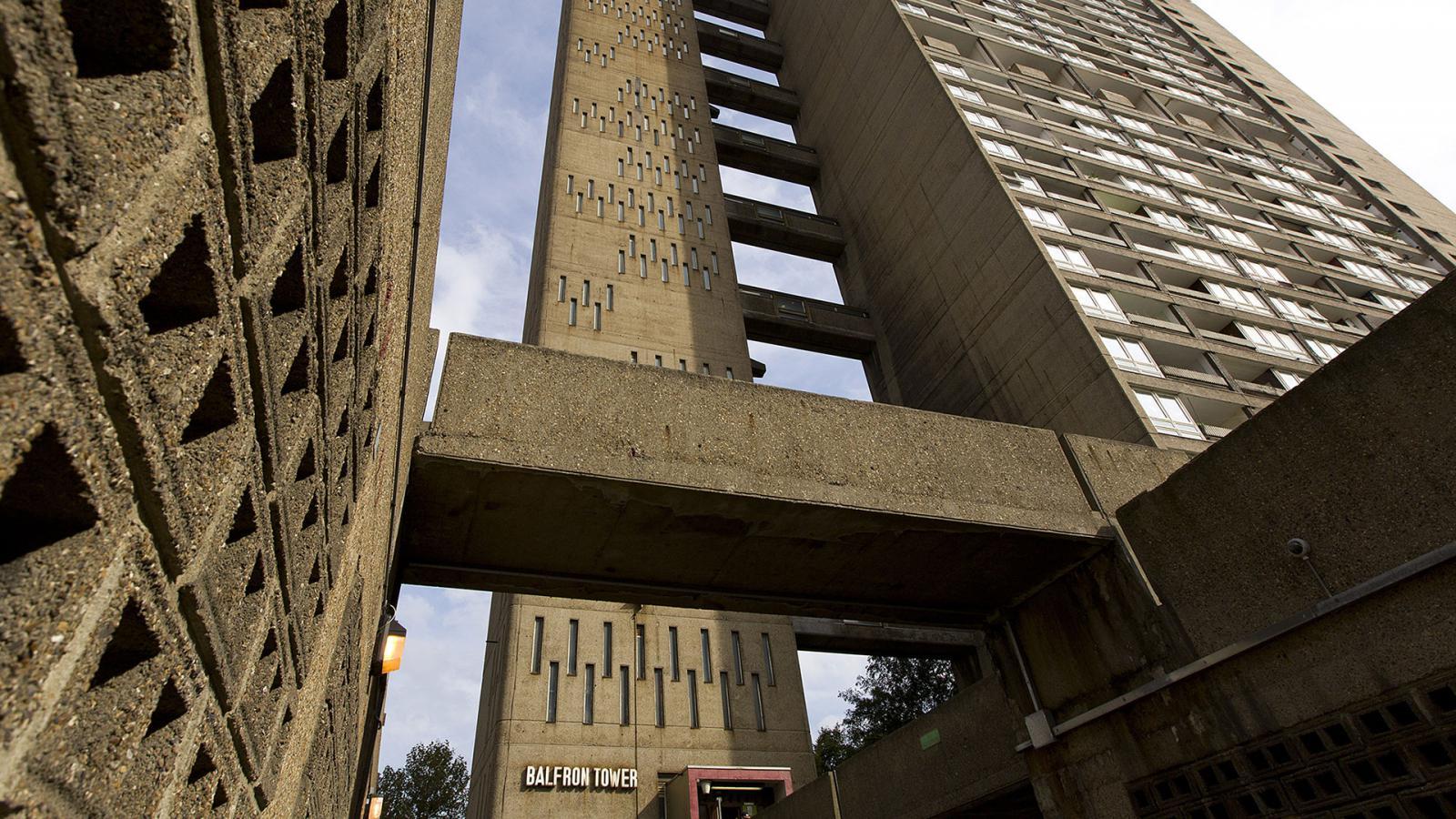 Две квартиры в башне Голдфингера