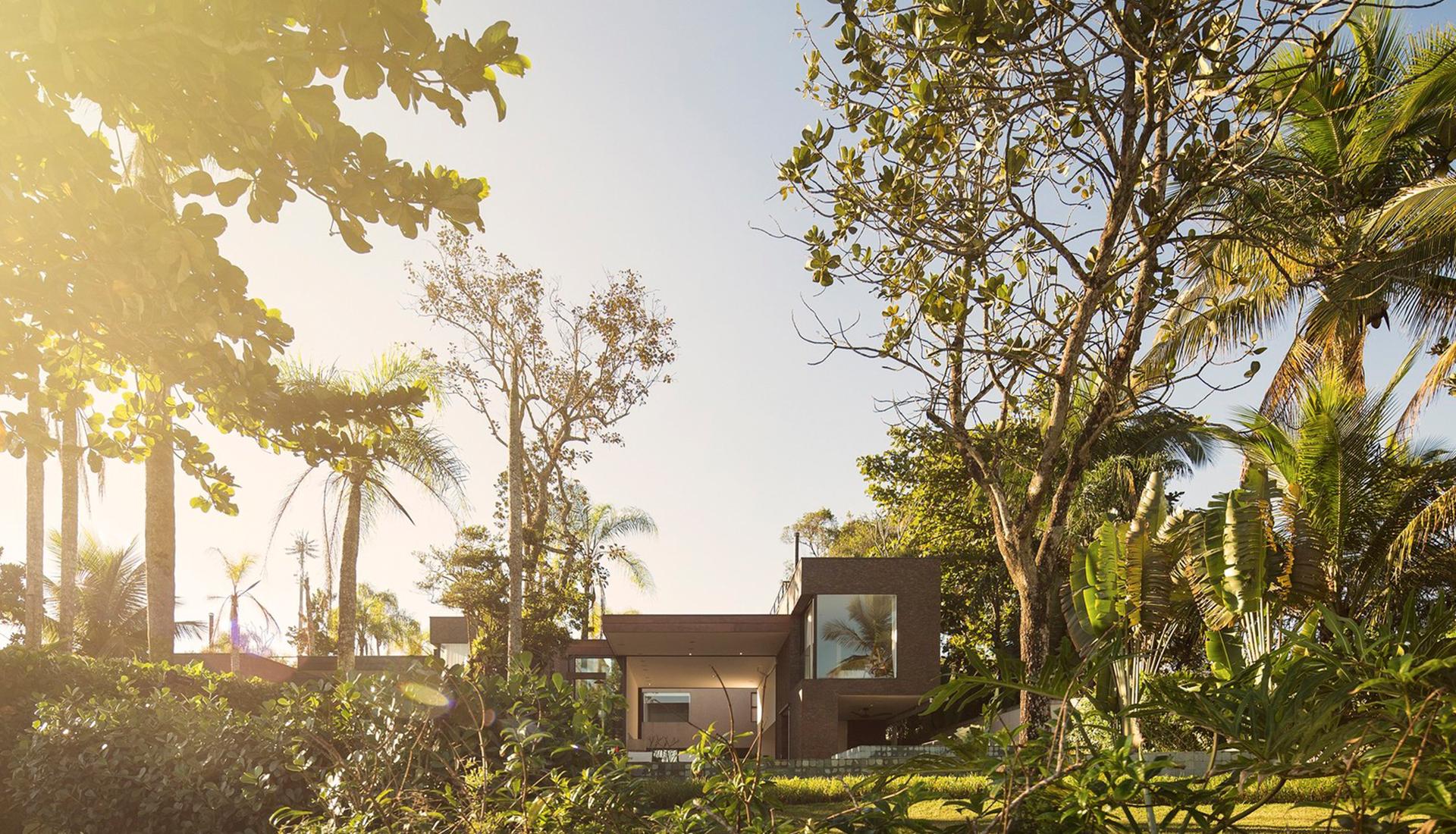 Studio Arthur Casas: резиденции с видом на океан в Бразилии