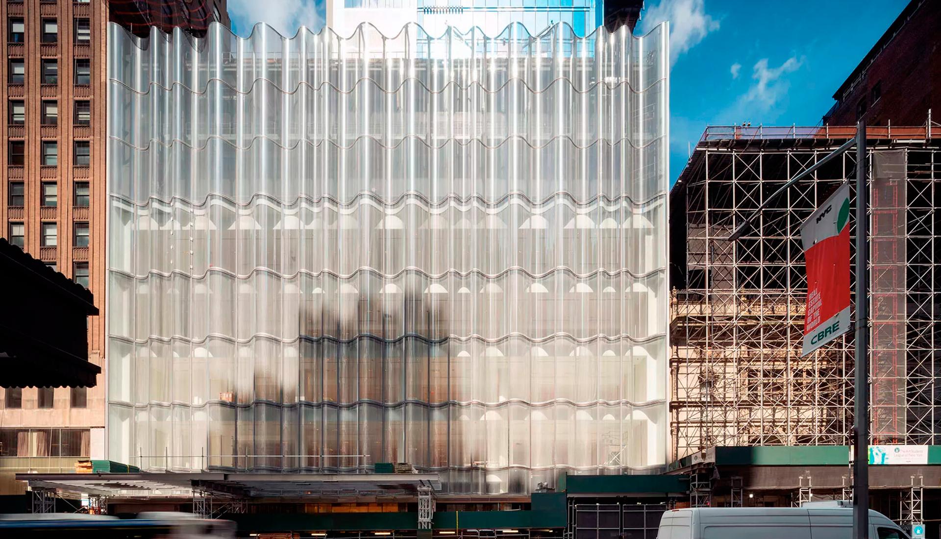 Фасад-волна в Нью-Йорке по проекту James Carpenter Design Associates