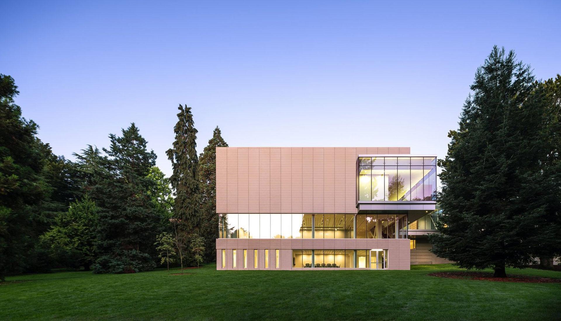 Музей азиатского искусства Сиэтла открывается после реконструкции