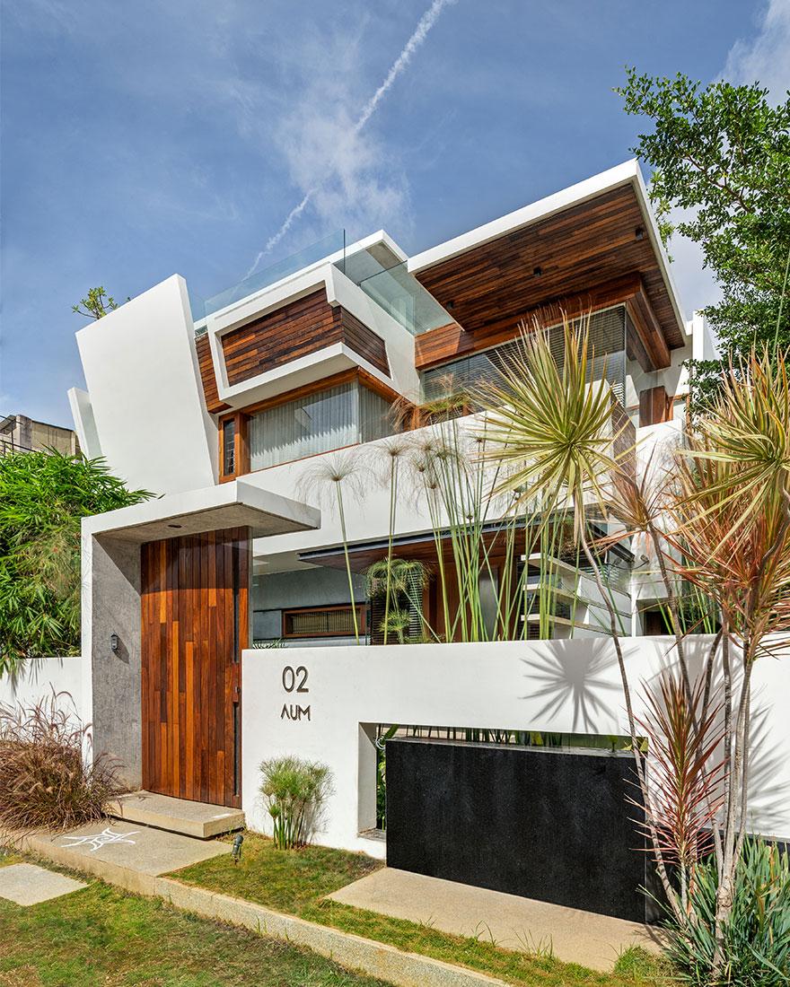 Резиденция по проекту Crest Architects в Бангалоре