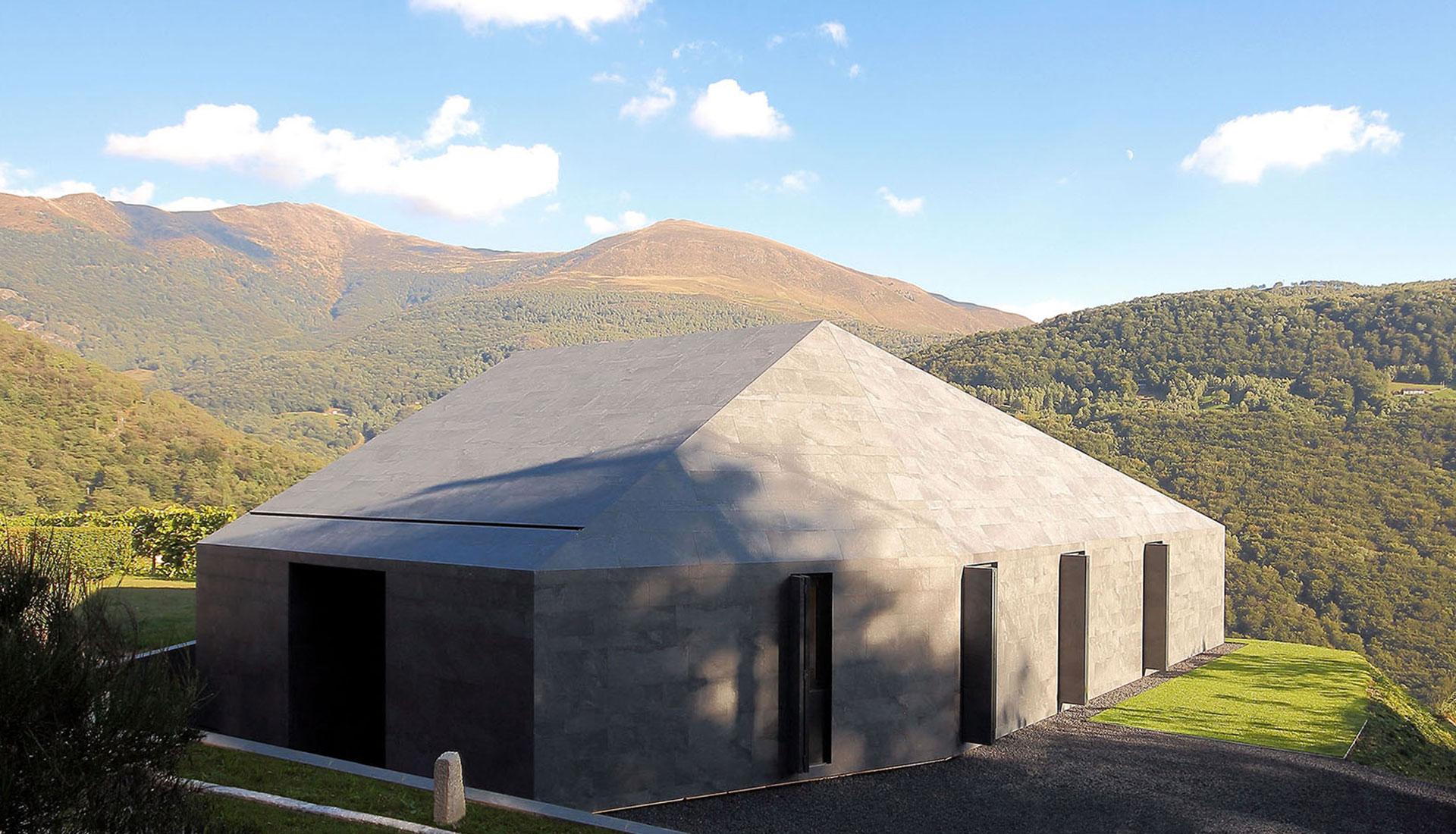 JM Architecture: энергосберегающий префаб в Альпах