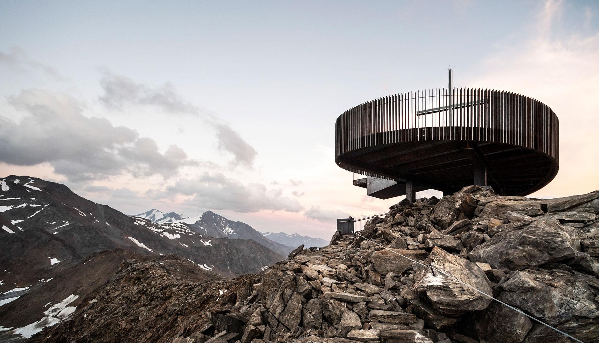 Студия noa*: смотровая площадка в Альпах